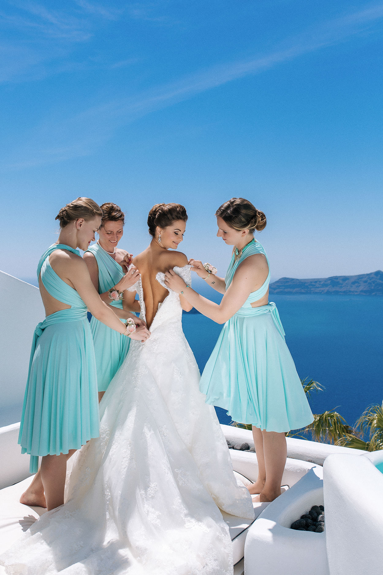 bride and bridesmaids santorini photos