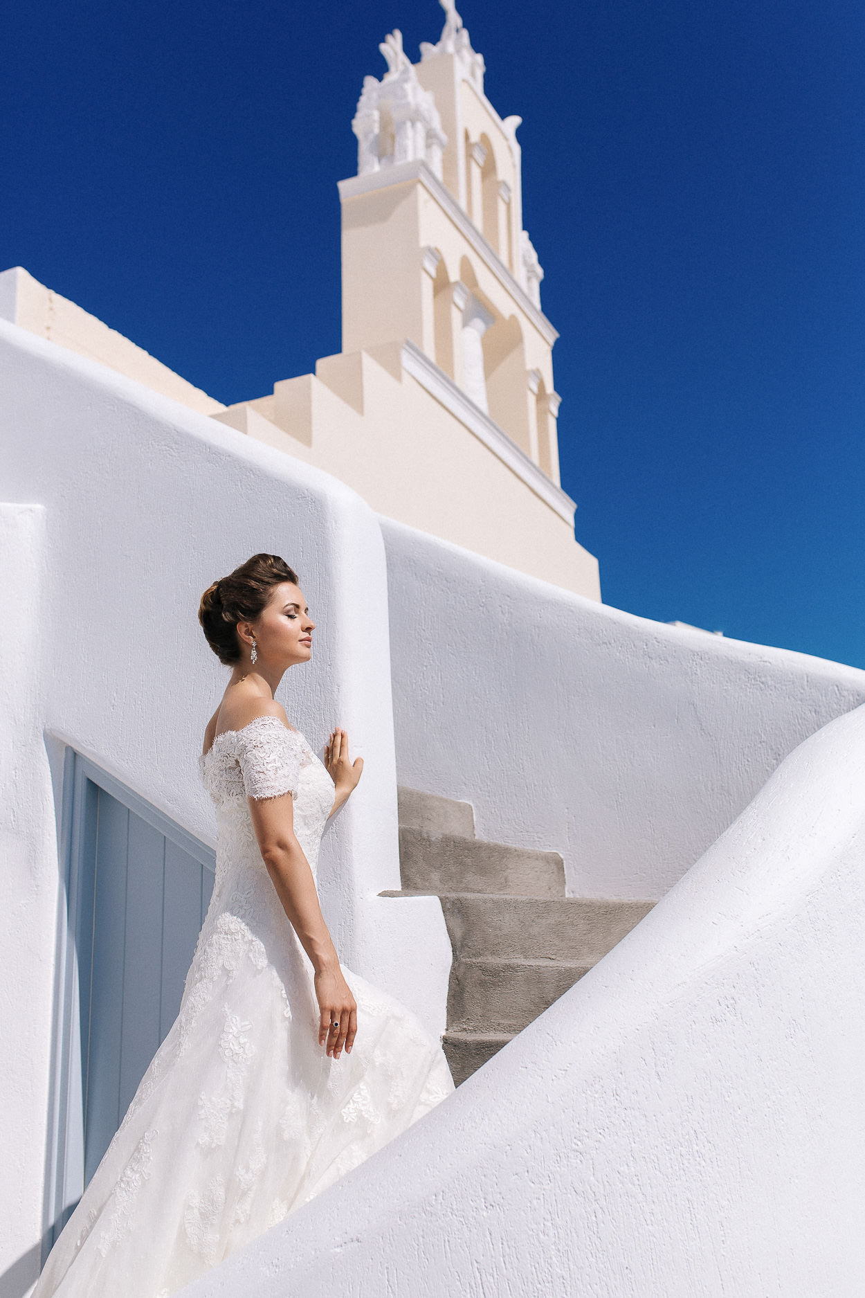 bride photos santorini vangelis photography