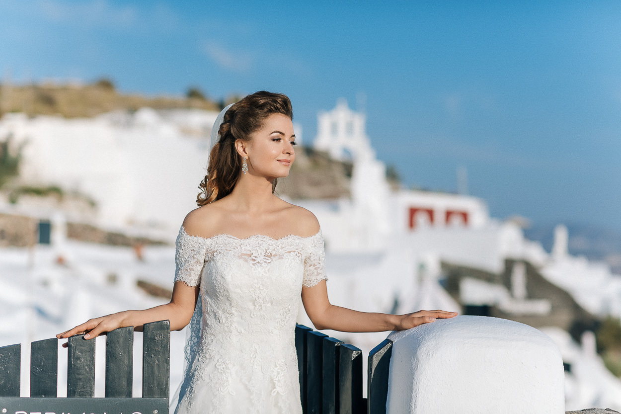 bride Santorini photos