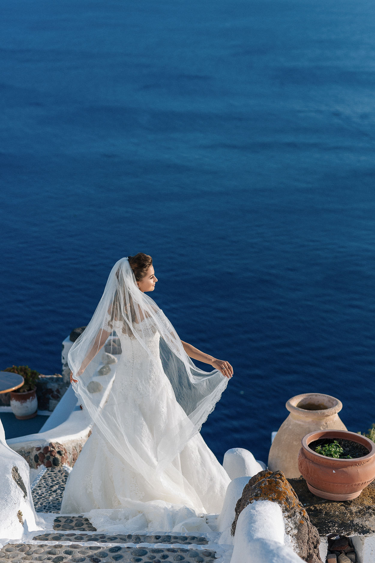 bride photo session Santorini Greece photos