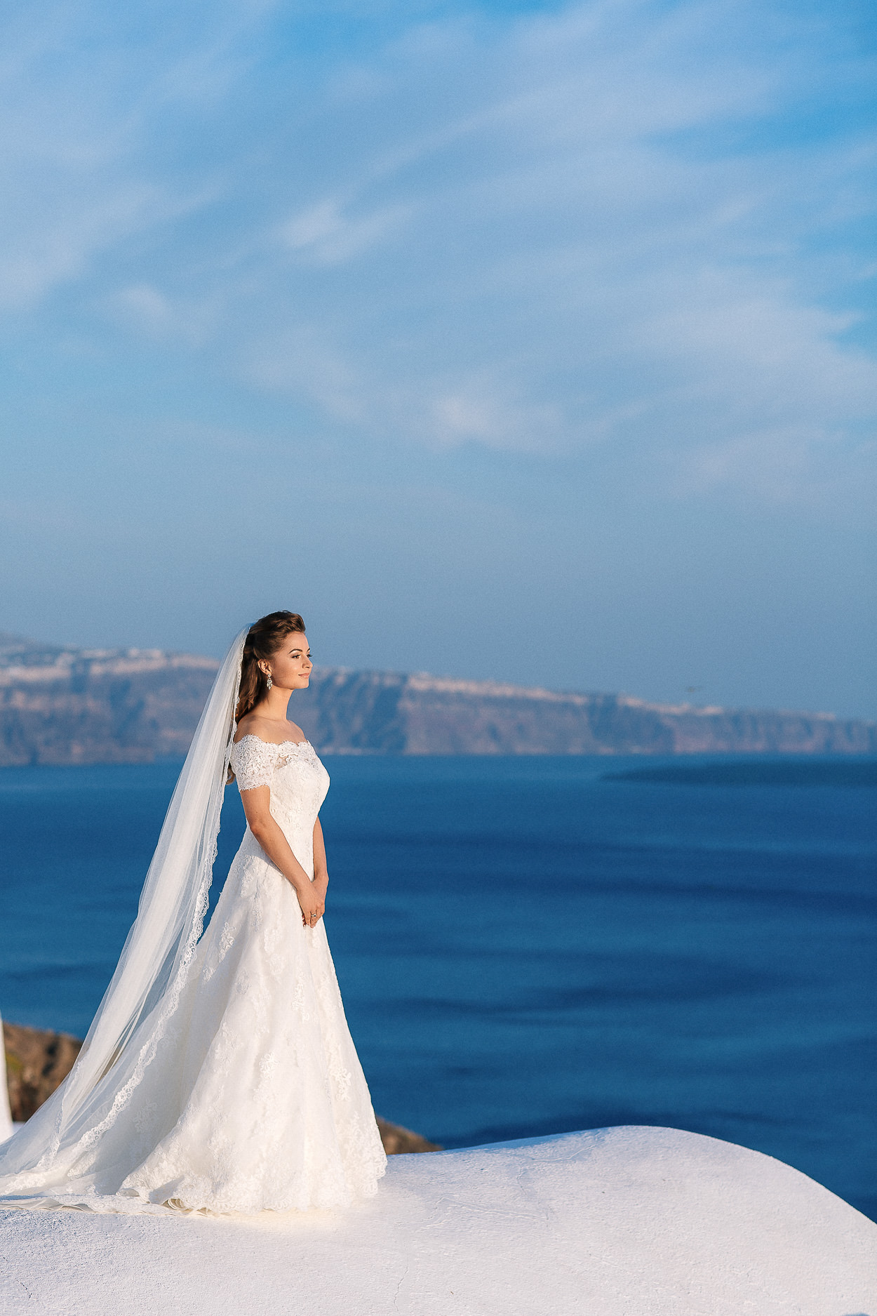 bride wedding photos Santorini island Greece