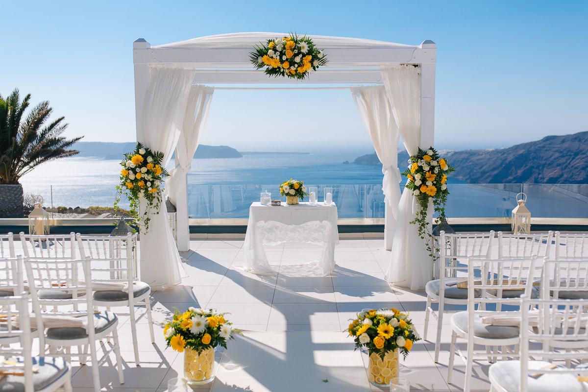 wedding le ciel Santorini gazebo decoration