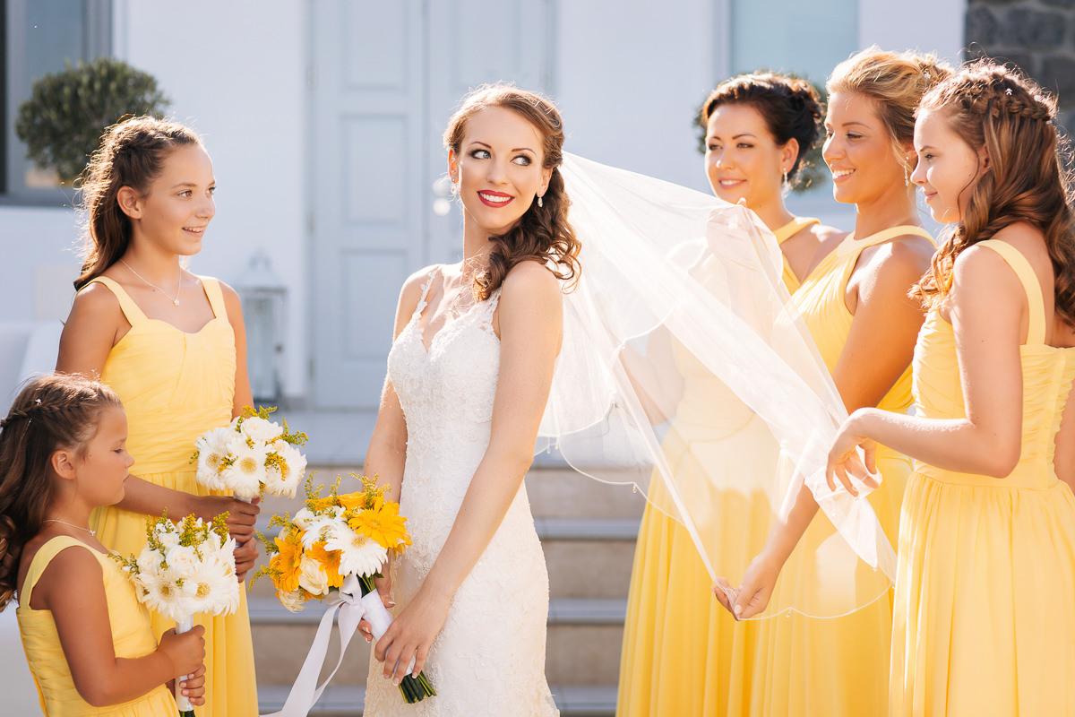 Santorini bride and bridesmaids le ciel santorini wedding venue